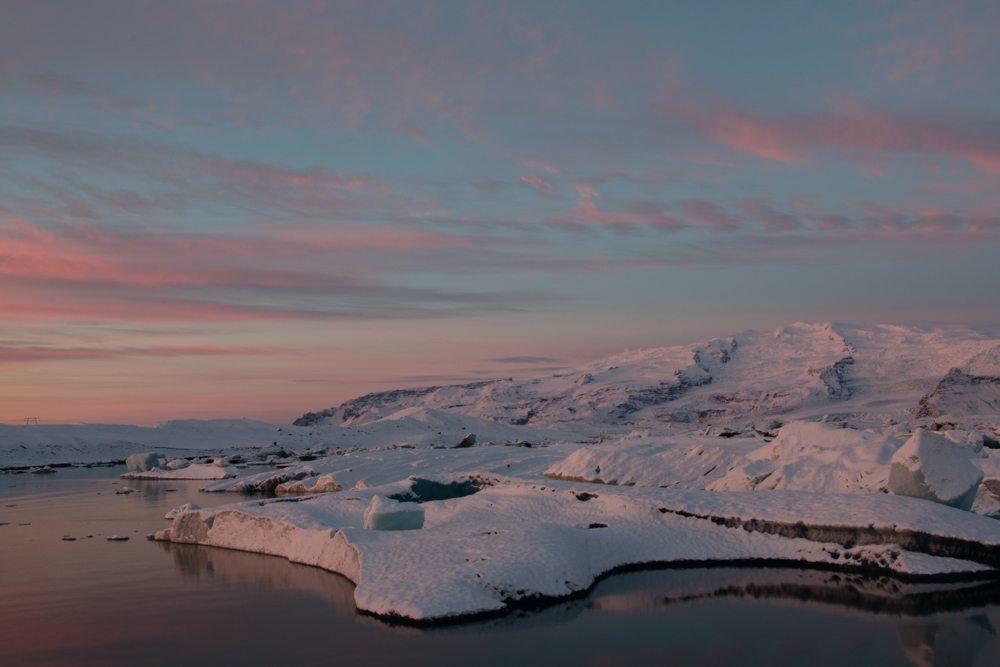 7648 Dawn at Jökulsárlón glacier lagoon, Iceland
