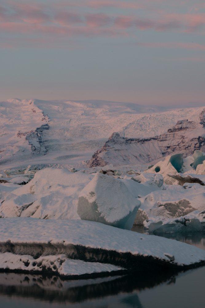 7672 Dawn at Jökulsárlón glacier lagoon, Iceland