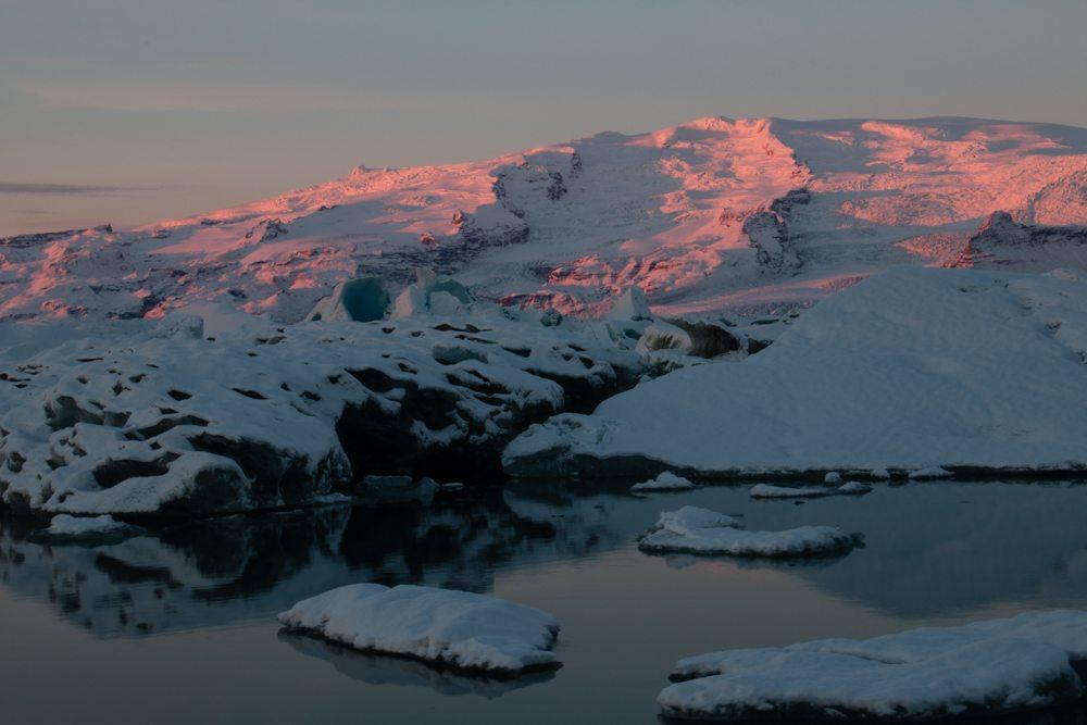 7757 Dawn at Jökulsárlón glacier lagoon, Iceland