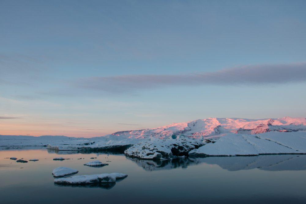 7770 Dawn at Jökulsárlón glacier lagoon, Iceland