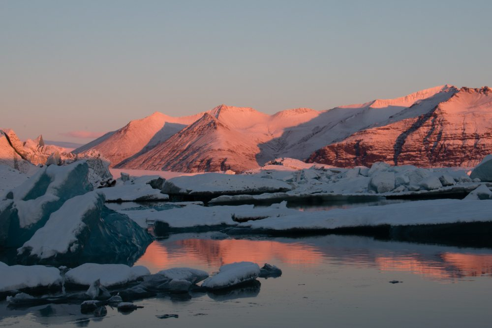 7801 Dawn at Jökulsárlón glacier lagoon, Iceland