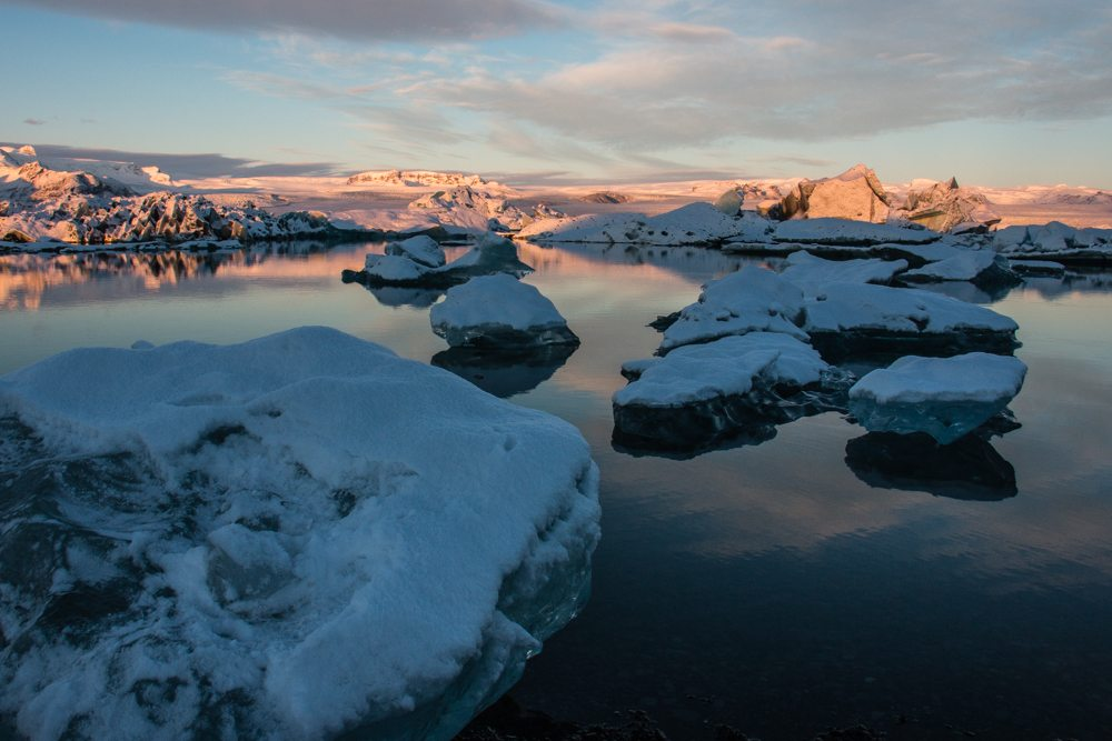 7913 Dawn at Jökulsárlón glacier lagoon, Iceland