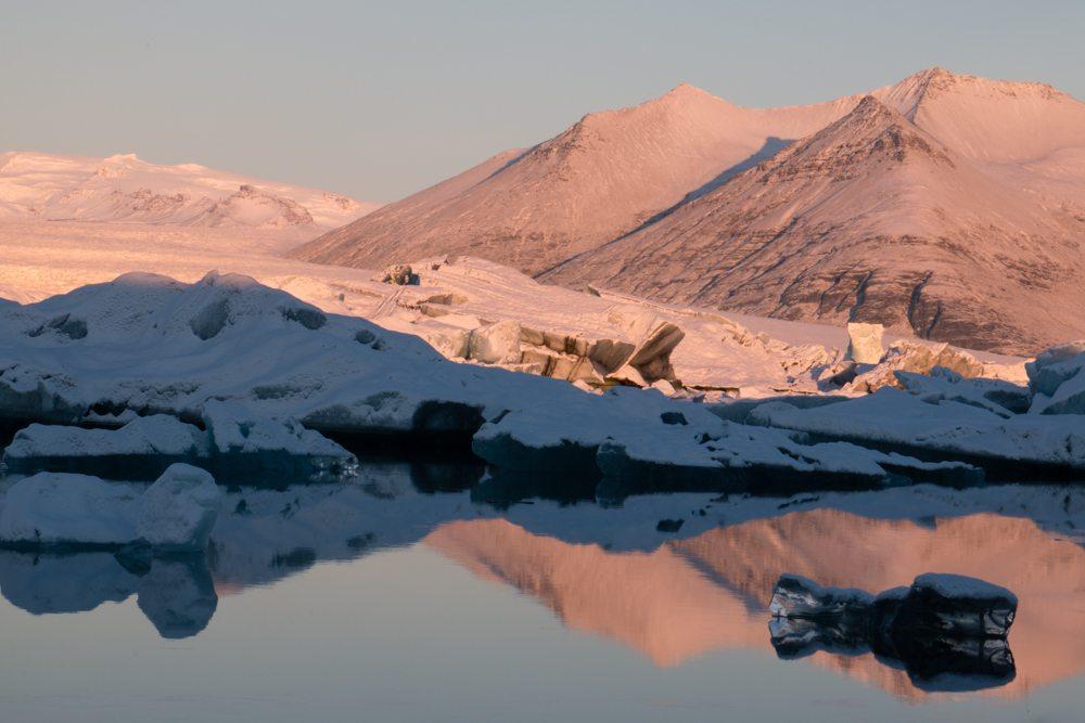 7939 Dawn at Jökulsárlón glacier lagoon, Iceland